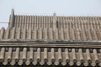 三层青瓦屋檐