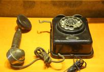 五十年代德国磁石老电话