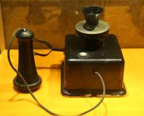 五十年代德国单筒老电话