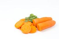 红萝卜片和半个红萝卜