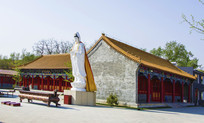 鞍山灵山寺观音雕塑与建筑