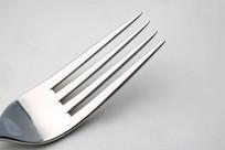 一支孤独的叉子