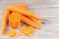 红萝卜汁饮料
