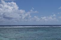 海洋天空白云