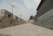城墙上的石板路