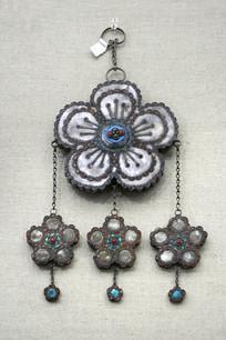 民国花卉形银盘长