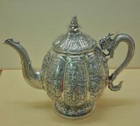 文物白银精品瓜菱形龙柄茶壶