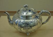 文物白银精品花卉纹茶壶