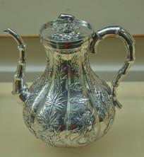 文物白银精品梅兰竹菊纹茶壶