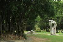 公园脚印雕塑