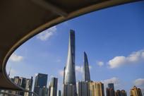 上海中心弧线美