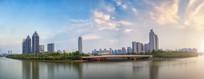 黄昏时分的郑东新区CBD全景
