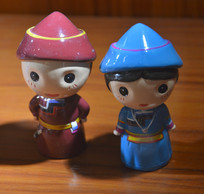 收藏品蒙古族瓷娃娃