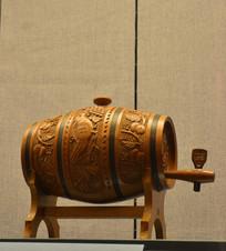 友谊外交文物木雕花鸟酒桶