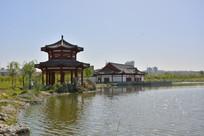 榆林河滨公园湖岸亭楼
