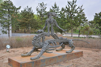 雕塑作品远山的呼唤