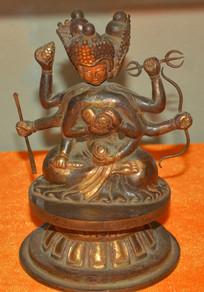 文物三头六臂菩萨像