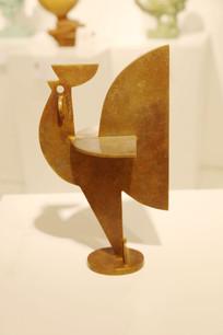 金鸡展翅雕刻