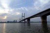 傍晚的武汉二桥