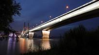暮色霭霭的二桥