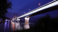 暮色下的二桥