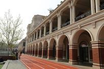 天津民园体育场拱门