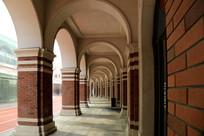 民园体育场拱门走廊