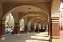 天津民园体育场拱门走廊
