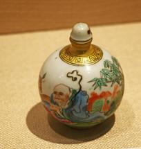 民国瓷珐琅彩鼻烟壶