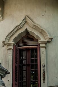 老别墅窗户
