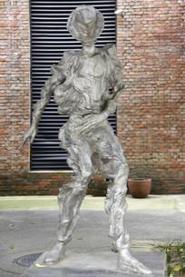 迈克尔杰克招牌舞蹈动作雕塑