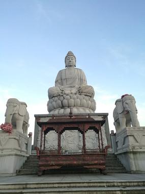 释迦牟尼佛像雕塑