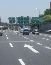 高速路网指示牌