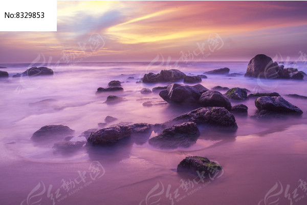海边的礁石 图片