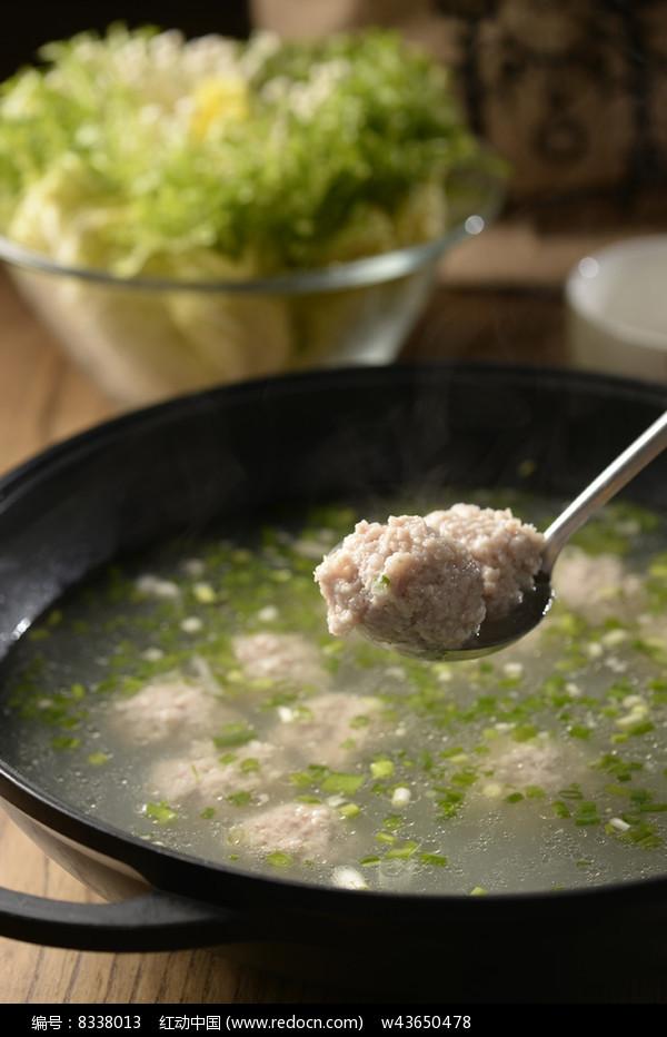 手剁肉丸汤图片
