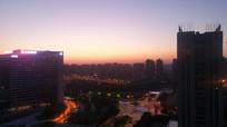 夜色中的城市建筑