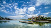 龙舟池湖畔