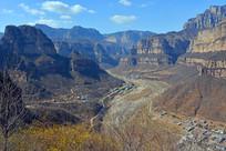 太行大峡谷春天景色