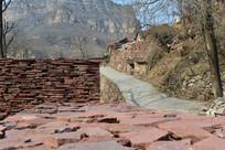 太行山里的村庄