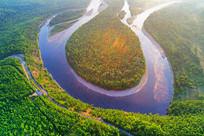 原始森林河白鹿岛