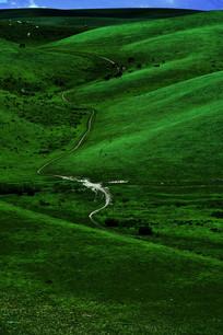 新疆羊肠小道
