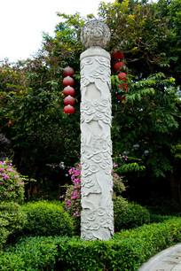 广州公园前图腾柱
