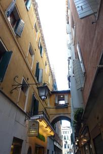 威尼斯小巷连廊