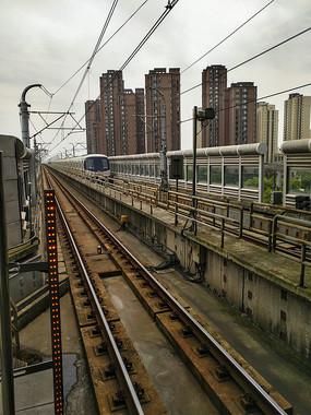 都市轻轨轨道列车