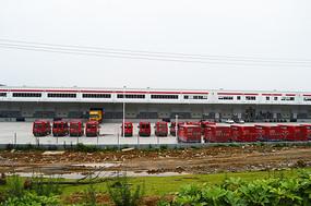 京东物流园运输车
