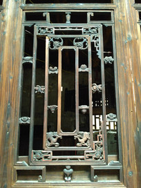 明清老房子精美雕花木门