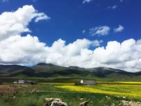 青海湖山脉风景