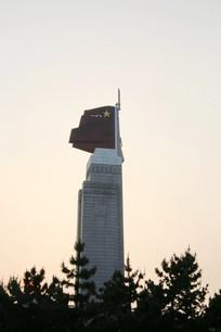 夕阳下的南昌八一起义纪念碑