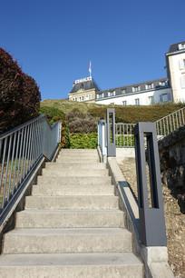户外楼梯与建筑