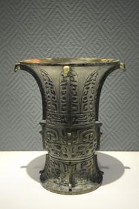 西周早期铜尊
